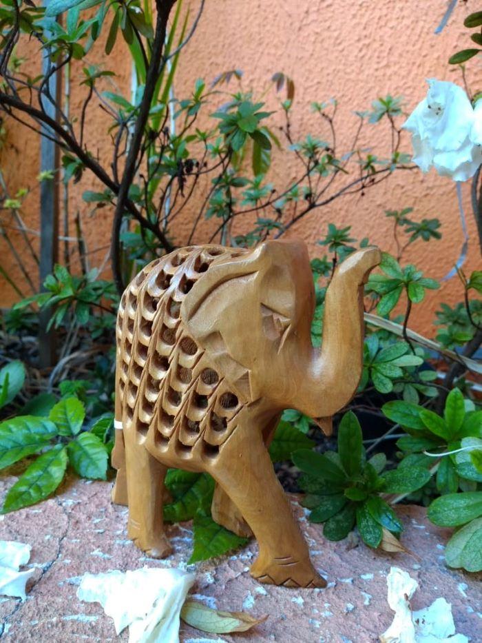 Elefante em Madeira com Filhote M