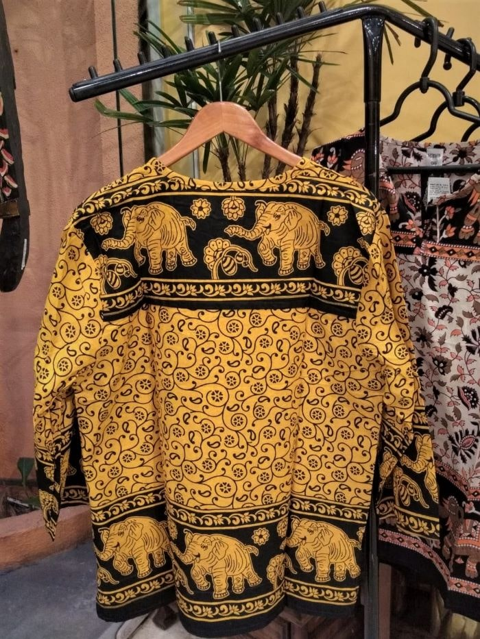 Bata Maya em Algodão com Mangas Longas Amarela