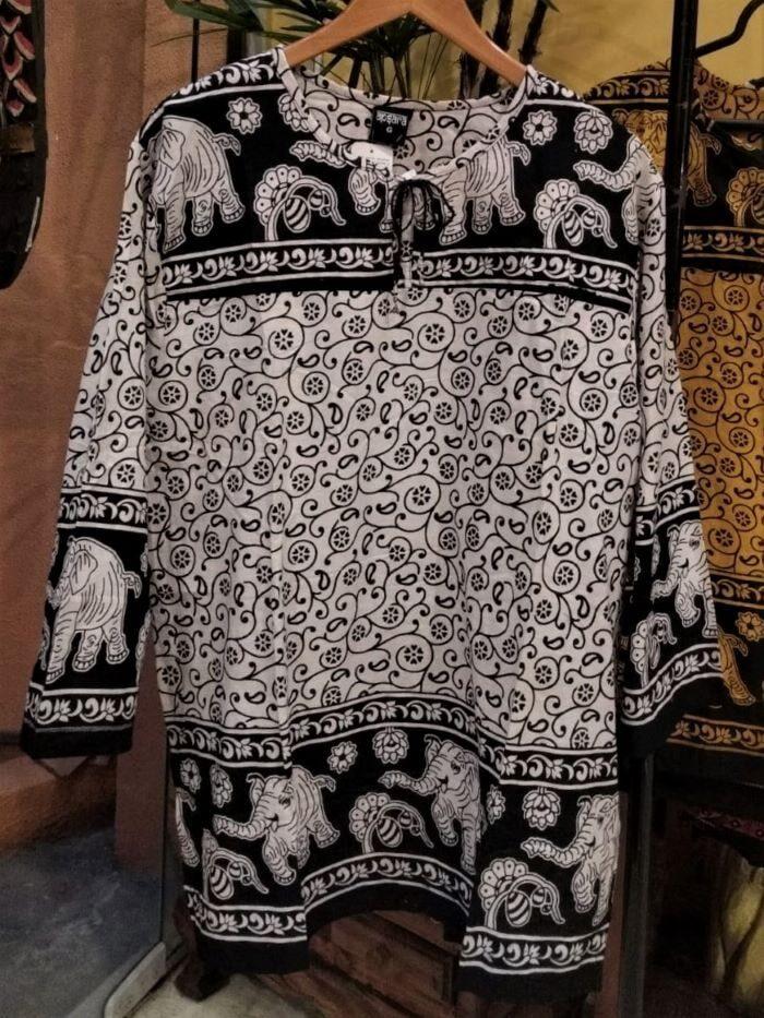 Bata Indiana Estilo Maya em Algodão com Mangas Longas Branca